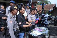 Polisi Gadungan di Bandung Dibekuk Saat Terlelap Tidur