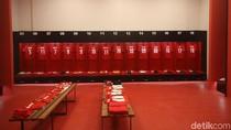 Kerennya Ruang Ganti Pemain di Stadion Utama GBK