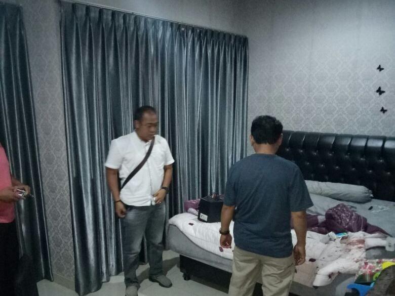 Tusuk Polisi yang Geledah Rumah, Bandar Narkoba Ditembak Mati