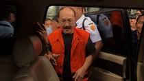 Merasa Dikriminalisasi KPK, Fredrich Yunadi Tempuh Praperadilan?