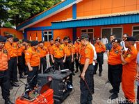 Panglima TNI Marsekal Hadi di Markas Basarnas