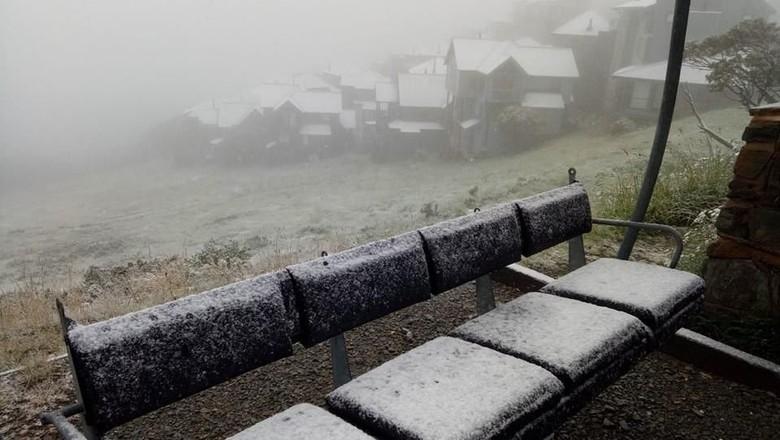 Foto: Peristiwa Langka! Salju Turun Saat Musim Panas di Australia