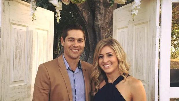 Holly bersama pasangannya