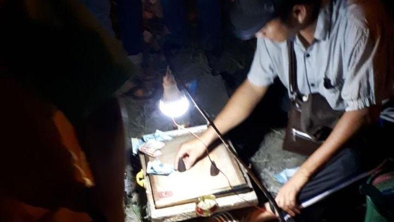 Tim Polresta Pekanbaru Gerebek Lapak Judi di Pasar Malam