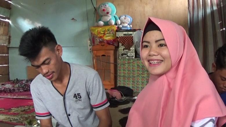 Kebesaran Hati Istri yang Lihat Suami Pingsan di Pelukan Mantan