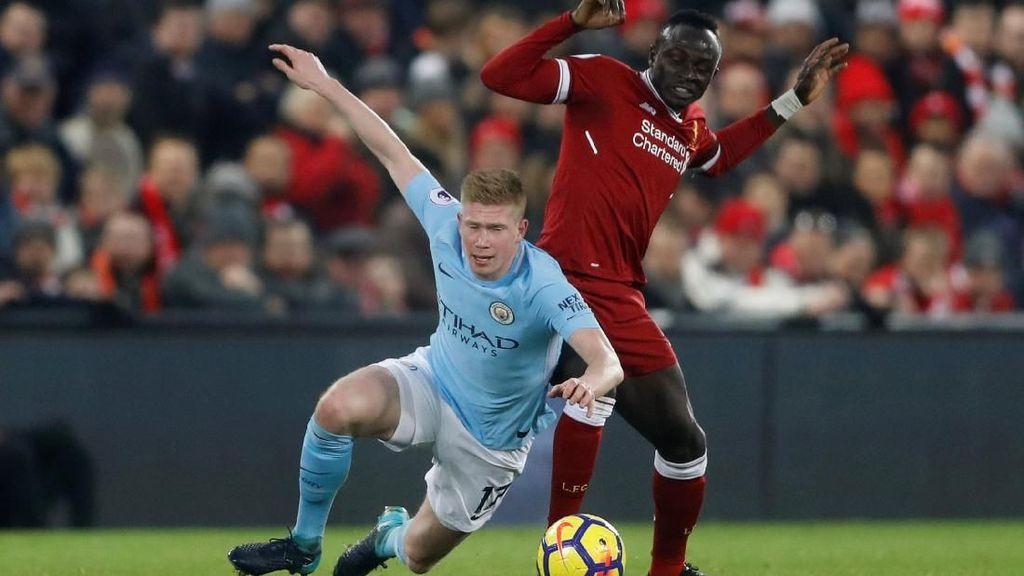 Carragher: Liverpool Contohkan Cara Kalahkan City