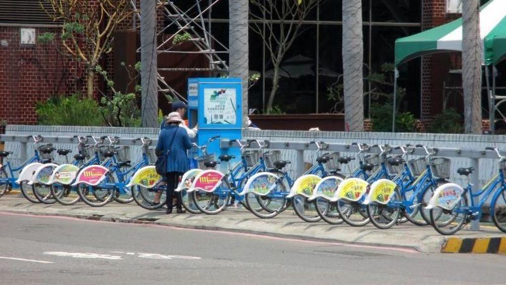 Cara Menikmati Kota Terbesar Kedua Taiwan: Naik Sepeda