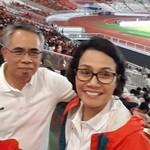 Gaya Spontan Sri Mulyani Ajak Jokowi Nge-Vlog di GBK