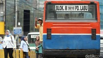 Melihat Kepulan Asap Metro Mini dan Kopaja yang Hampir Mati