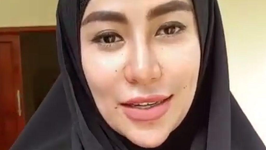 Cinta Penelope Berhijab Usai Dengarkan Ceramah Ustad Abdul Somad