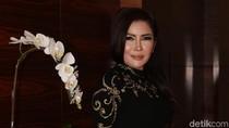 Kisah Sukses Perempuan Pengusaha Kayu dan Kolektor 100 Hermes dari Surabaya