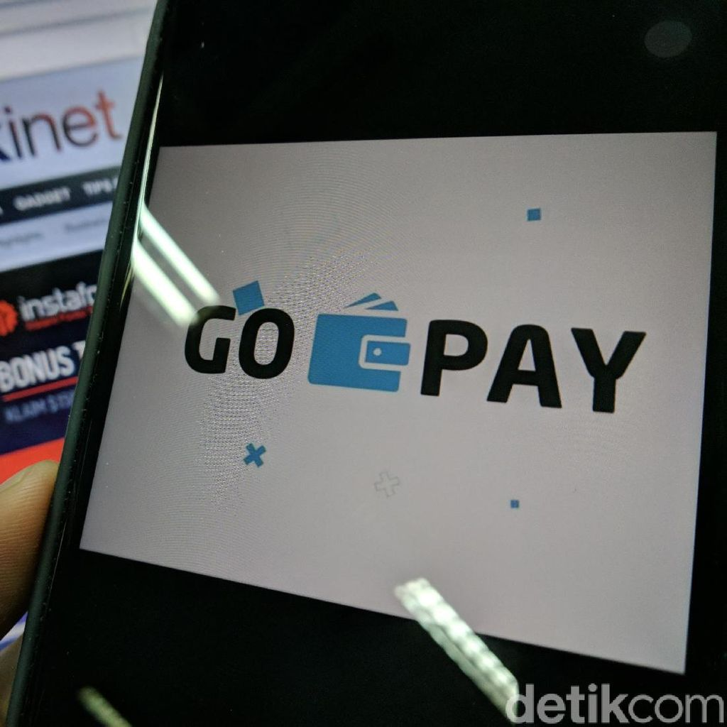 BI Kaji Usulan Pembayaran Go-Pay Pakai QR Code