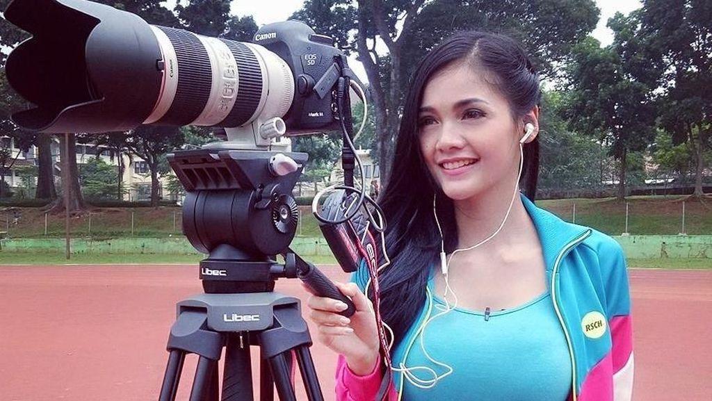 Foto: 10 Pesona Presenter Olahraga Cantik Kartika Berliana