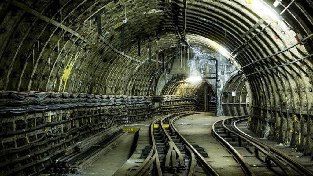 Ini Jalur Kereta Api Bawah Tanah Misterius di London