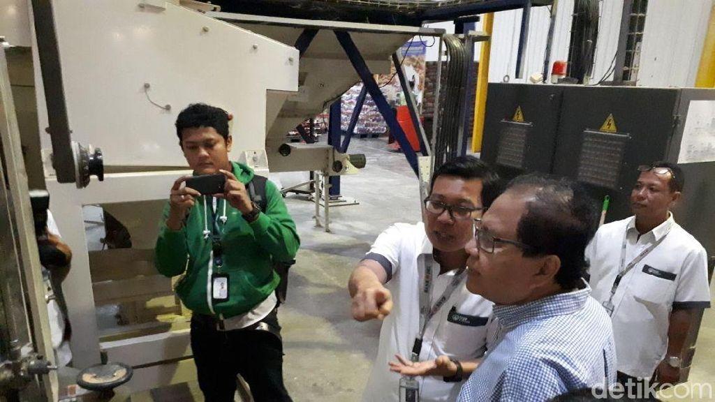 Ke Cipinang, Rizal Ramli Kritik Kebijakan Impor Beras