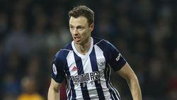 Diminati City dan Arsenal, Jonny Evans Masih Belum Ditawar