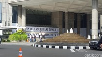 Menristekdikti Jenguk Korban Selasar BEI Ambruk di RS Siloam