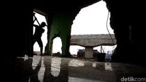 Demi Pembangunan Tol Becakayu, Masjid Al-Ahlaq Akhirnya Dibongkar
