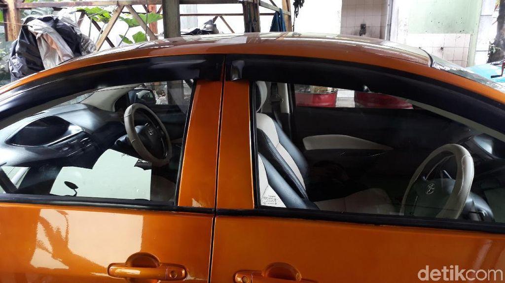 Mobilnya Viral, Ini Kata Pemilik Mobil Bermuka Dua