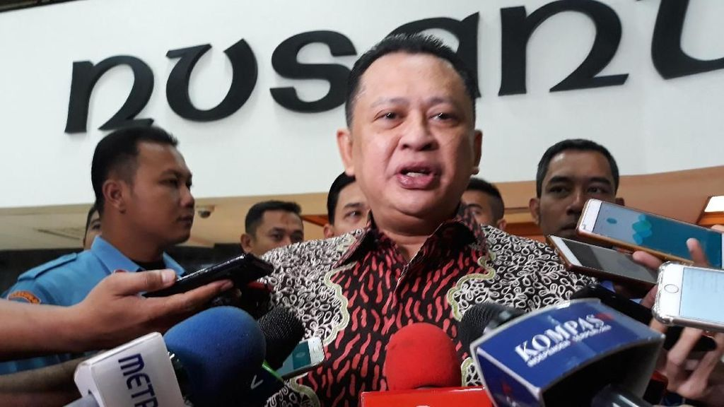 Bamsoet akan Sumbang Seluruh Gajinya Bantu Korban KLB di Asmat
