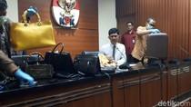 Diduga Hasil Pencucian Uang, KPK Sita 40 Tas Bermerek Bupati Rita