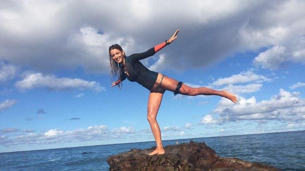 Foto: Lucunya Blake Lively, Istri Deadpool yang Sukanya Olahraga Seru