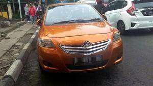 Foto: Mobil Bermuka Dua Gegerkan Bandung