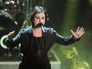 Dolores O'Riordan 'The Cranberries' Meninggal Dunia