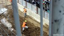 Jakpro: Tiga Korban Beton LRT Roboh di Kayu Putih Sudah Dipulangkan