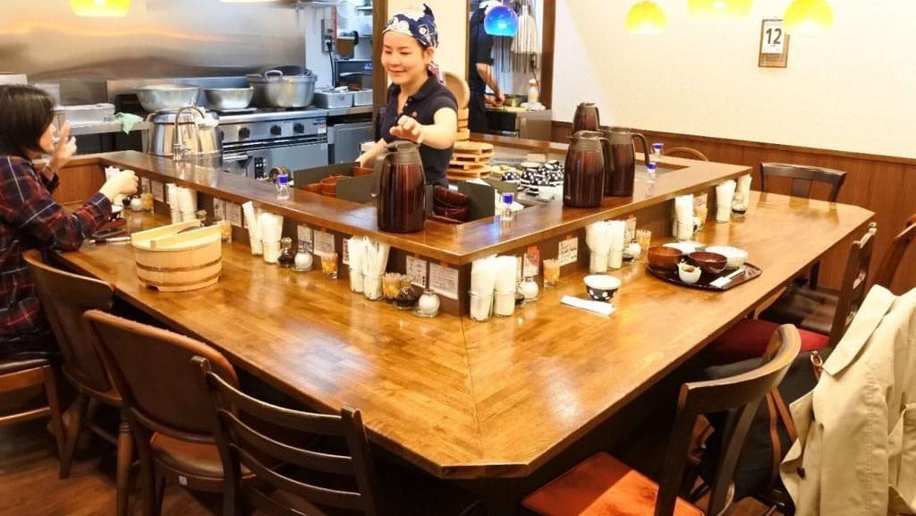 Wah, Makan di Restoran Ini Bisa Gratis dengan Kerja Cuci Piring!