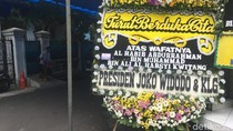 Karangan Bunga Dukacita dari Presiden Jokowi untuk Habib Kwitang