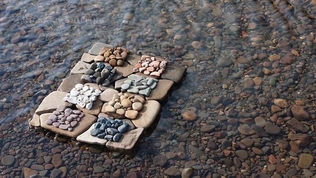 Seni Alam Richard Shilling Terinspirasi dari Pematung Andy Goldsworthy