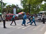 Sekolah Ini Ada di Jalan Nasional, Tapi Nihil Rambu Penyeberangan