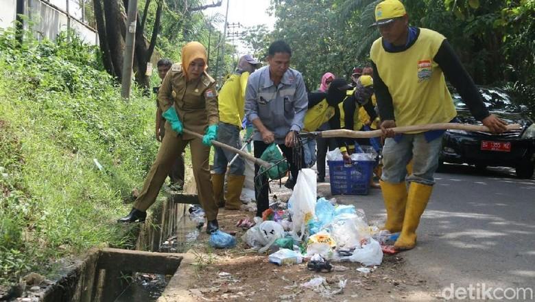 Buang Sampah Sembarangan di Palembang Bisa Dibui 3 Bulan