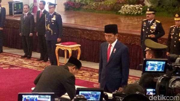 Jokowi: Teten Jadi Koordinator Staf Khusus, Tugasnya Dekat Saya