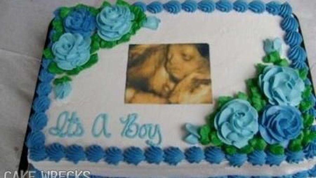 Wow! Kue Baby Shower Ini Dihiasi Foto USG Jabang Bayi