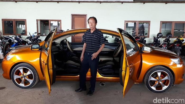 Ini Sosok Pemilik Mobil Bermuka Dua di Bandung