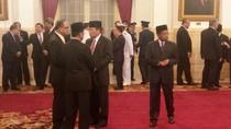 Jokowi Perkuat Barisan di Rabu Pahing