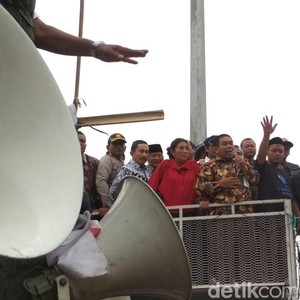 Temui Nelayan, Susi Naik Mobil Komando