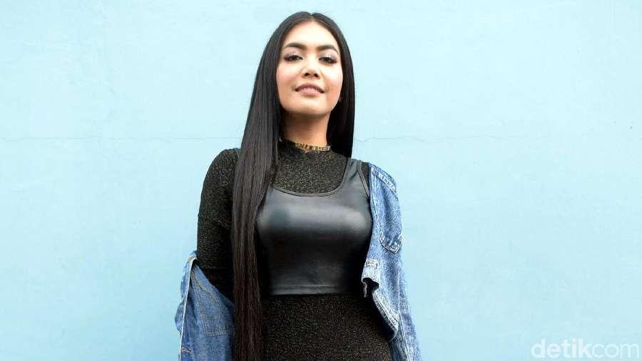 Pose Nyender Manja Lucinta Luna, Duo Serigala is Back