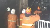Wahana Permainan Tunjungan Plaza III Terbakar, 8 Damkar Dikerahkan