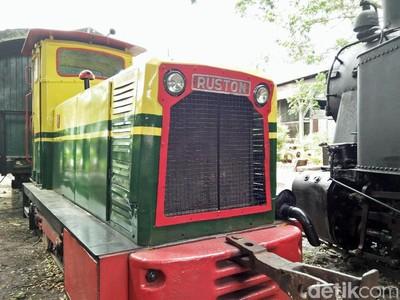 Ikon Baru Blora: Kereta Uap Tua & Lokomotif