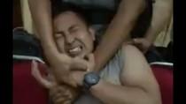 Video Polisi Menjerit Takut Disuntik Viral di Facebook