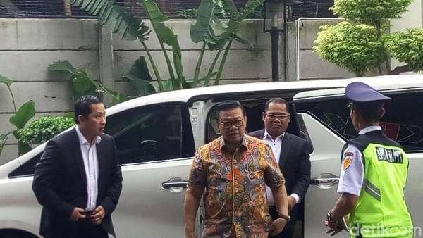 KPK: Agung Laksono Diperiksa Jadi Saksi Meringankan Fredrich