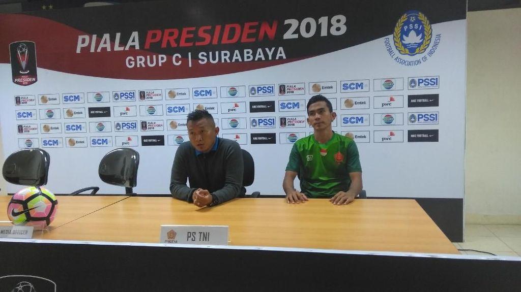 PS TNI Grogi Disaksikan Ribuan Penonton di Stadion Gelora Bung Tomo