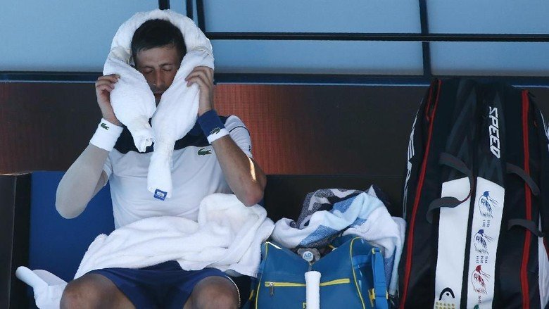 Djokovic Juga Harus Taklukkan Panasnya Melbourne yang Ekstrem