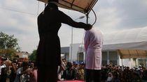 Syariat di Aceh, dari Cambuk hingga Larangan Bioskop