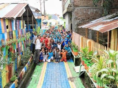 Makassar Punya Lomba Lorong Warna-warni