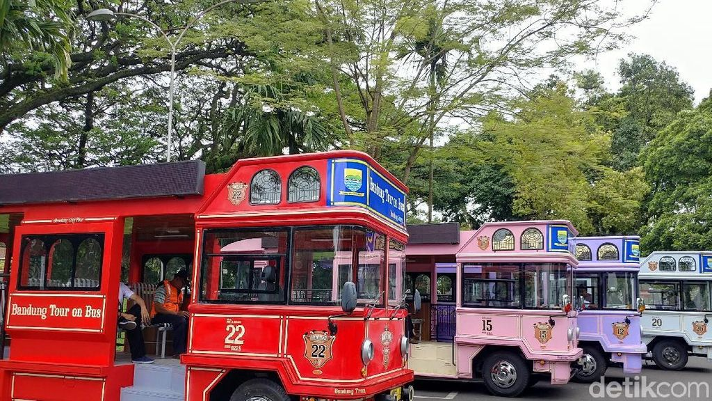 Pemkot Bandung Pamerkan 12 Unit Bandros Senilai Rp 12,4 M