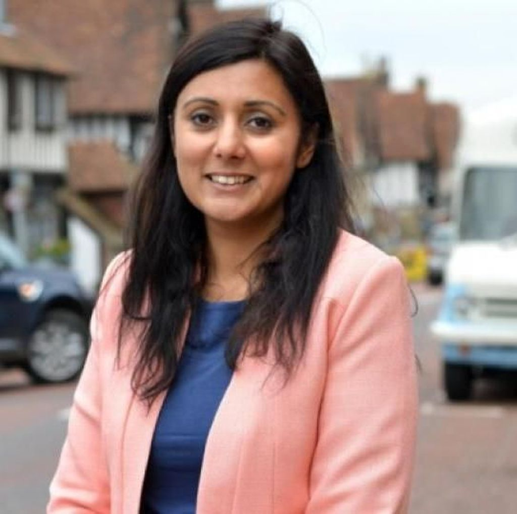 Sosok Menteri Wanita Muslim Pertama yang Bicara di Parlemen Inggris